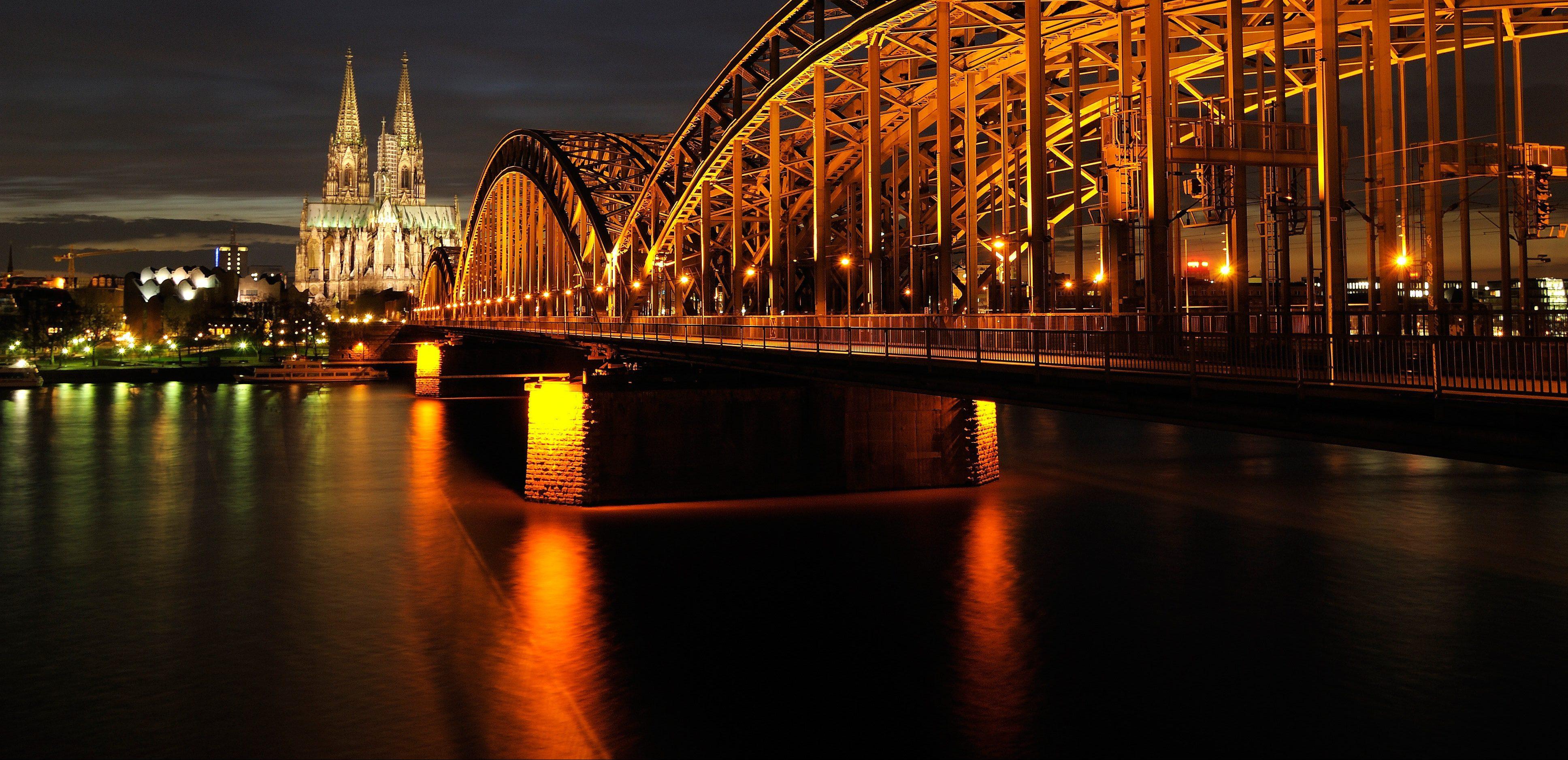 architecture-bridge-city-161849-e1622185472923